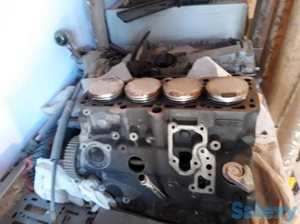 Продается мотор в разобранном виде, фотография 1